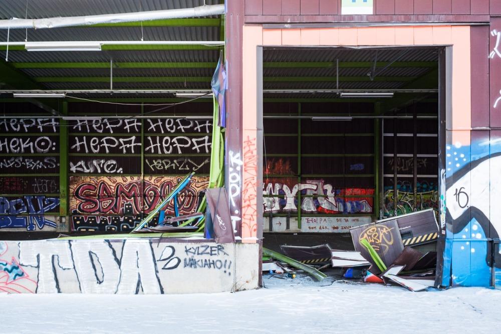 Suvilahti graffiti teollisuushalli Flow Kalasatama