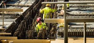Itäväylän rakentamista kauppakeskus REDIn läpi 6.4.2017