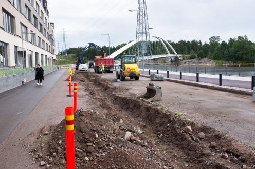 Parrulaiturin itäpään kadunrakennustyöt Kalasatamassa Sörnäistenniemellä 20.7.2017.